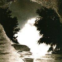 Sad Lovers And Giants — Feeding The Flame (1983)
