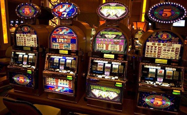 Лучшие азартные онлайн-игры от клуба ЭмуляторСлот
