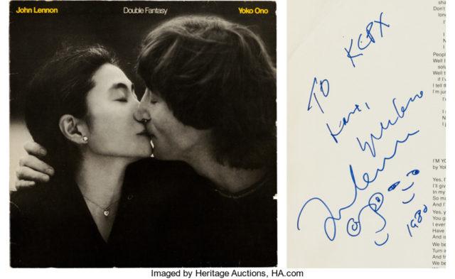 Альбом, подписанный Ленноном в день гибели, выставлен на торги