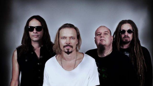 Экс-участники HIM, Amorphis и Polanski опубликовали первый видеоклип нового проекта Flat Earth.