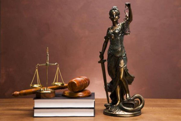 Петербургский юрист – легкое решение сложных проблем