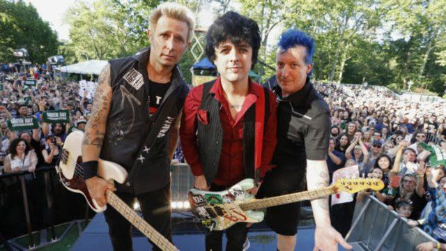 «American Idiot» группы Green Day снова обрела популярность благодаря Трампу.