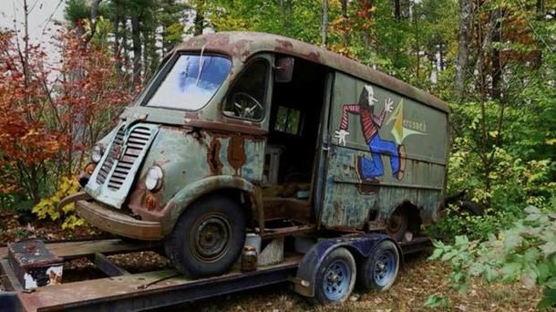 В США нашли старый гастрольный фургон Aerosmith.