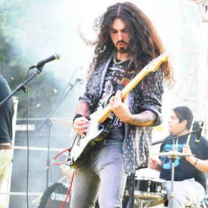 Новый вокалист Rhapsody Of Fire спел на сольном альбоме гитариста Эдварда Де Росы.