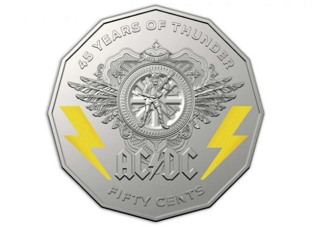 Власти Австралии отметили 45-летие ACDC выпуском новой коллекции монет.