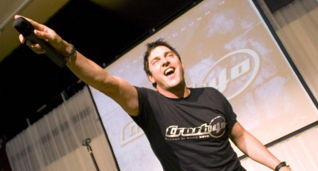 Вокалист группы Акселя Руди Пелля выпускает дебютный сольный альбом.