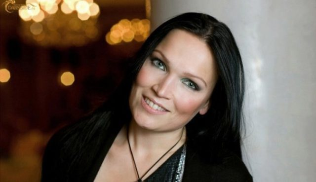 Тарья Турунен выпустила лирик-видео.