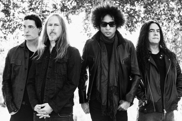 Alice In Chains выпустили новый клип.
