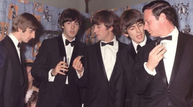 Контракт The Beatles и Эпстайна продан за 275 тысяч фунтов