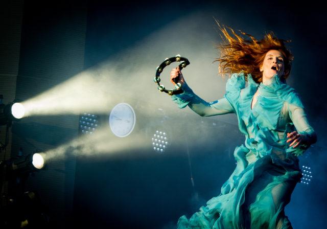 Florence + The Machine представили два неизданных ранее демо
